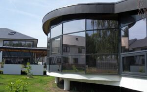 pose-film-solaire-fenetre-vitrage-fondation-bellan-2