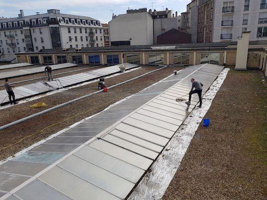 application laque solaire