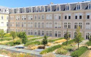 pose de film solaire anti chaleur sur façade palais de justice