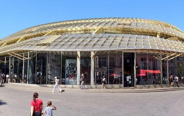 250 m² de film solaire posés au Nike Store du Forum des Halles